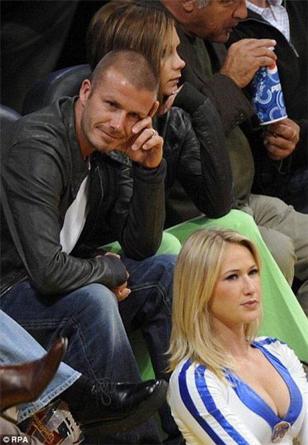 Beckham vermaakt zich goed in Amerika, Victoria iets minder goed
